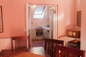 Guesthouse Hortenzija, Apartmanok  Mostar - big - 15