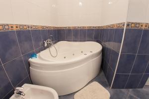 Guesthouse Hortenzija, Apartmanok  Mostar - big - 17