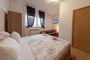 Guesthouse Hortenzija, Apartmanok  Mostar - big - 28