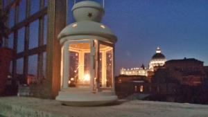 Angels Gate San Pietro - abcRoma.com