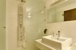 12 Months Luxury Resort, Отели  Цагарада - big - 14