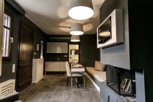 12 Months Luxury Resort, Отели  Цагарада - big - 11