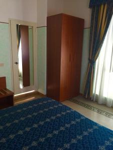 Hotel Miramare, Отели  Ладисполи - big - 11
