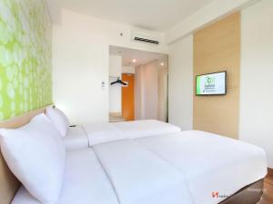 Zest Hotel Airport Jakarta, Hotely  Tangerang - big - 2