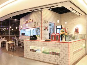 Zest Hotel Airport Jakarta, Hotely  Tangerang - big - 14
