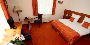 Vis Vitalis Hotel, Hotely  Kerepes - big - 17