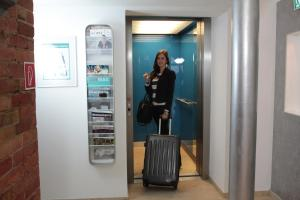 Hotel Schweriner Hof, Отели  Штральзунд - big - 34