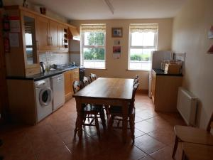 Castleview Holiday Home, Holiday homes  Donaghmore - big - 4
