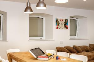 Studio8, Apartmanok  Vilnius - big - 5