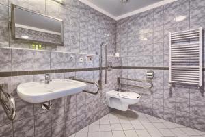 Wellness Hotel Babylon, Szállodák  Liberec - big - 25