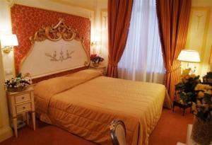 Hotel Champagne Palace