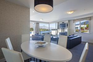 Luxury Lake Suites, Apartmanhotelek  Queenstown - big - 11