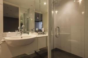 Luxury Lake Suites, Apartmanhotelek  Queenstown - big - 9