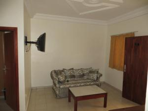 Royal Hotel & Residences, Hotel  Abobo Baoulé - big - 14