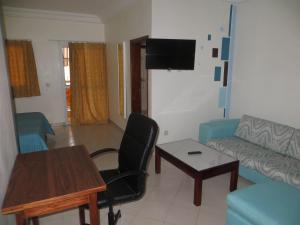 Royal Hotel & Residences, Hotely  Abobo Baoulé - big - 5