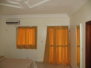 Royal Hotel & Residences, Hotely  Abobo Baoulé - big - 30