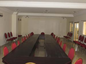 Royal Hotel & Residences, Hotel  Abobo Baoulé - big - 16