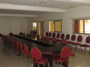 Royal Hotel & Residences, Hotel  Abobo Baoulé - big - 33