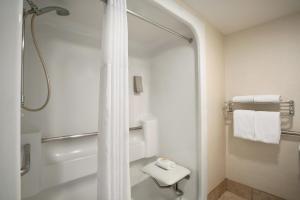 Days Inn & Suites by Wyndham Scottsdale North, Hotels  Scottsdale - big - 8