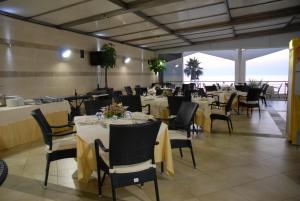 Grand Hotel Victoria, Hotely  Bagnara Calabra - big - 45