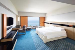 King Hilton Room Ocean
