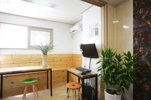 K-POP Residence Myeongdong 1, Aparthotely  Soul - big - 57