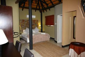 Lapa Lange Game Lodge, Лоджи  Mariental - big - 23