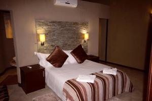 Lapa Lange Game Lodge, Лоджи  Mariental - big - 5