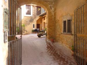 Corte dei Greci, Bed & Breakfasts  Agrigent - big - 47