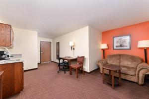 AmericInn by Wyndham St. Cloud, Отели  Saint Cloud - big - 13