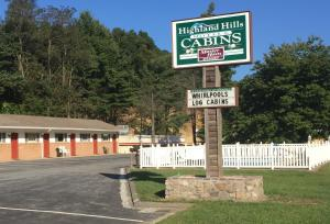 Highland Hills Motel and Cabins