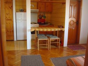 Apartments Zlatiborski visovi, Appartamenti  Zlatibor - big - 141