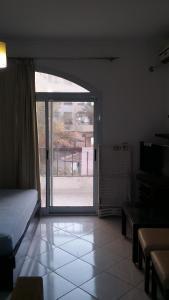 Apartment at nice resort with pool, Ferienwohnungen  Hurghada - big - 18