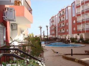 Apartment at nice resort with pool, Ferienwohnungen  Hurghada - big - 16