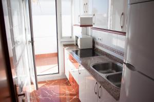 Apartamento Cádiz Vistas I, Ferienwohnungen  Conil de la Frontera - big - 4