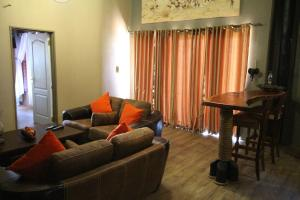 Lapa Lange Game Lodge, Лоджи  Mariental - big - 18