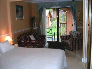 Mountain Bed & Breakfast, Bed & Breakfast  North Vancouver - big - 8