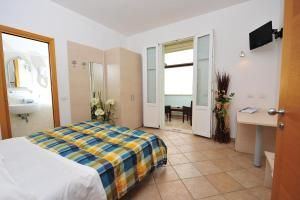 Hotel Aurora, Hotely  San Vincenzo - big - 17