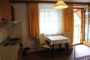Seehotel Paulitsch, Hotely  Velden am Wörthersee - big - 21