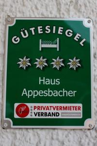 Haus Appesbacher, Privatzimmer  St. Wolfgang - big - 23