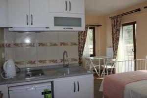 Ede Apart Otel, Aparthotels  Geyikli - big - 51
