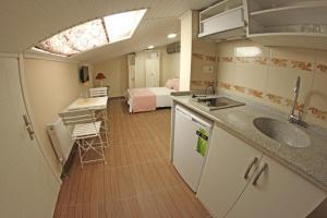 Ede Apart Otel, Aparthotels  Geyikli - big - 6