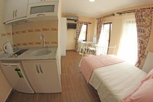 Ede Apart Otel, Aparthotels  Geyikli - big - 46