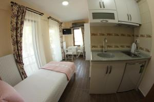 Ede Apart Otel, Aparthotels  Geyikli - big - 24