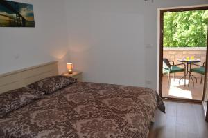 Holiday Home Mate, Case vacanze  Tinjan - big - 13