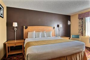 Quality Inn Hall of Fame, Hotels  Canton - big - 13