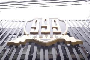 999 Hotel, Hotels  Angeles - big - 1