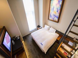 Luxury Triple Room with Loft - 12th Floor - Non-Smoking