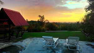 Pemandangan Indah Guest House, Penziony  Kampung Padang Masirat - big - 1