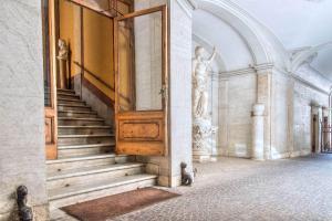 Trevi Rome Suite, Отели типа «постель и завтрак»  Рим - big - 108